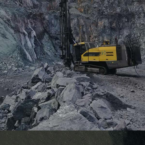 海南礦業米數多潛孔鑽頭案例